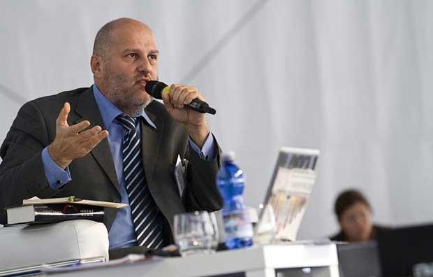 """Angelo Consoli: l'Italia rimane indietro rispetto all'Europa nella """"Terza Rivoluzione Industriale"""""""