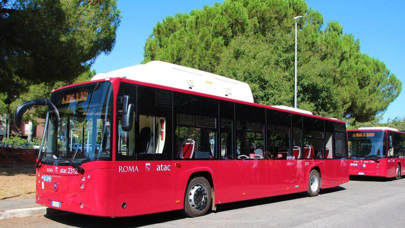 Roma, rafforzata flotta di bus a San Basilio
