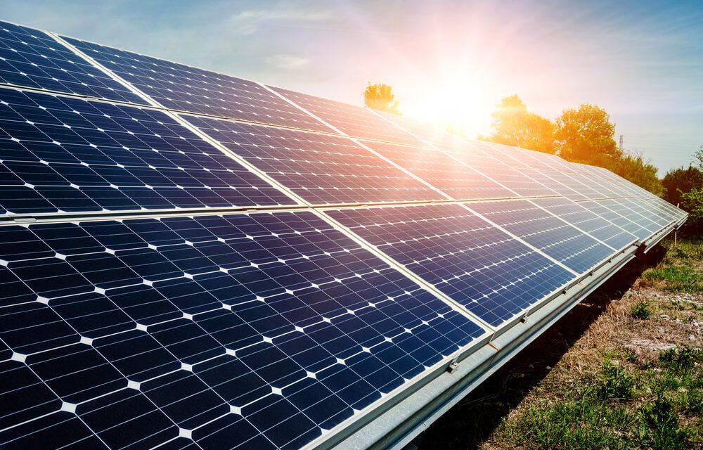 """Cattaneo: """"In Lombardia 4.500 campi da calcio di pannelli fotovoltaici"""""""