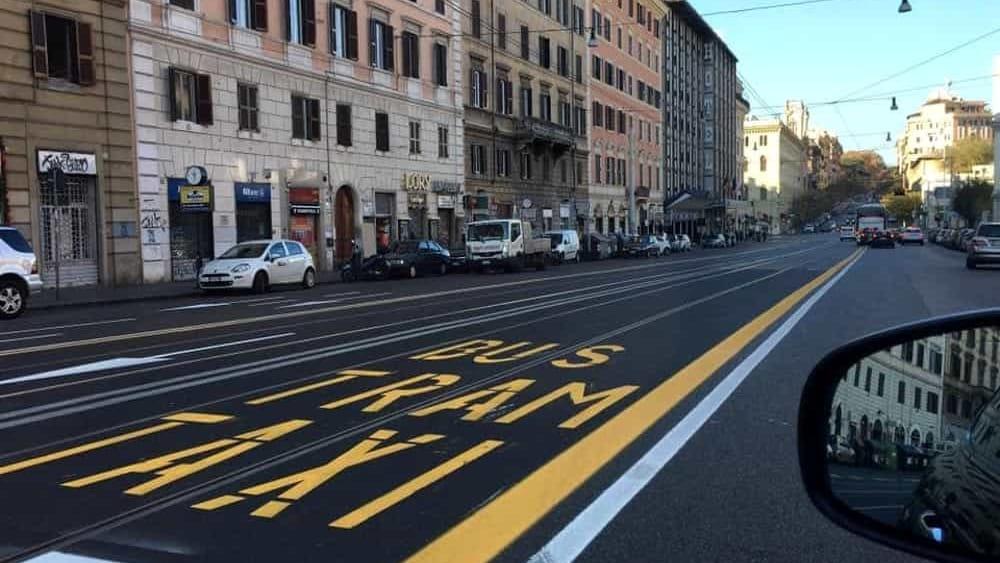Roma, Giunta approva progetti per nuove corsie preferenziali