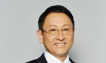 Akio Toyoda, auto elettriche sopravvalutate, l'industria crollerà se cambiamo troppo in fretta