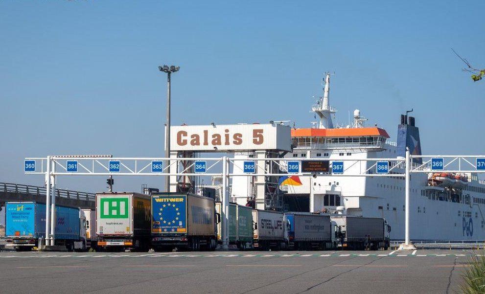 Covid, Camionisti bloccati da e verso GB
