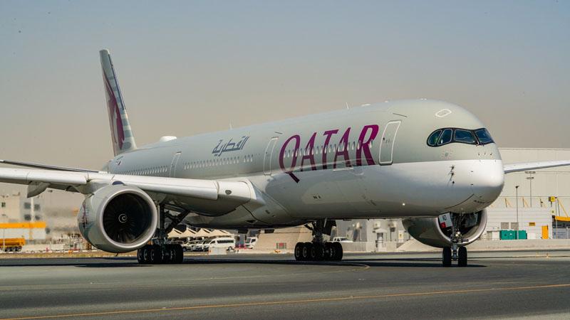 """Qatar, ricevuto il suo """"ecologico"""" Airbus A350 numero 53. Tutti gli A380 per il momento a terra"""