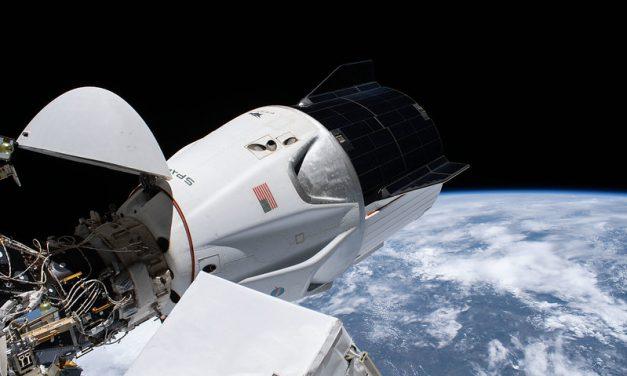 Gli astronauti di SpaceX battono il record spaziale Americano