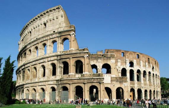 Roma, riapre Parco del Colosseo dopo 87 giorni di chiusura