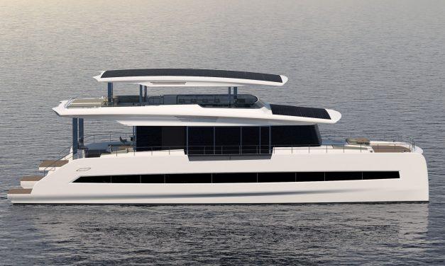 Silent 80 Tri-Deck, il catamarano solare è la Tesla del mare