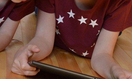 Scuola, 20 tablet donati all'Istituto San Francesco di Aosta da Autostrade per l'Italia