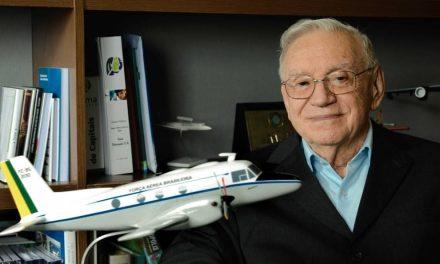 Embraer, Ozires Silva primo brasiliano ad aggiudicarsi la Daniel Guggenheim Medal