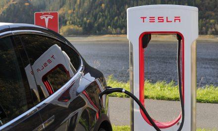 Tesla: un miliardo di euro dalla Germania