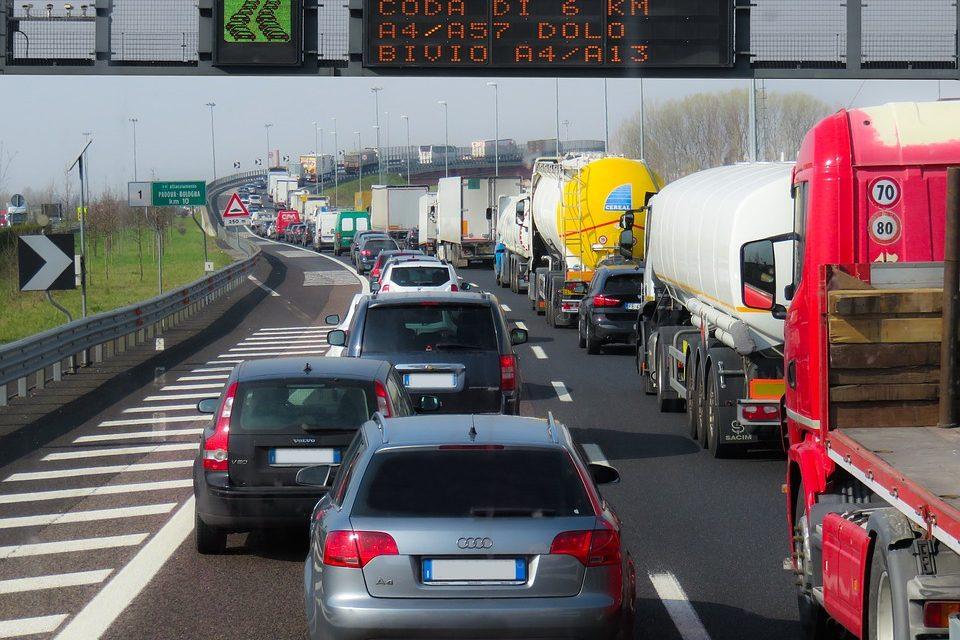 UE, -17% morti in strada nel 2020 per emergenza Covid