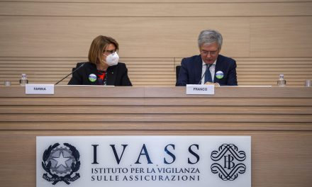 Ivass: RC auto -6,1% in IV trimestre su anno
