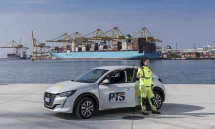 """Porto di Trieste, """"rotta Green"""": prima auto elettrica dopo le 2 """"ibride"""" già in servizio"""