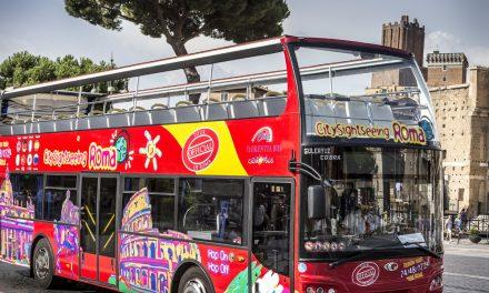 Roma: pullman turistici vuoti, Codacons denuncia la Raggi