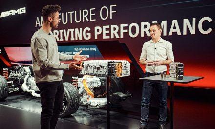 Mercedes, addio ai motori termici? No, con E PERFORMANCE