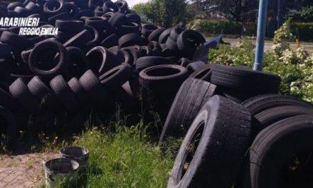 Reggio Emilia: denunciata stocca di rifiuti speciali in un parcheggio