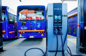 """Mobility Innovation Tour: """"Flotte di bus elettrici, impatti su rete e gestione cicli di ricarica"""". Giovedì webinar"""