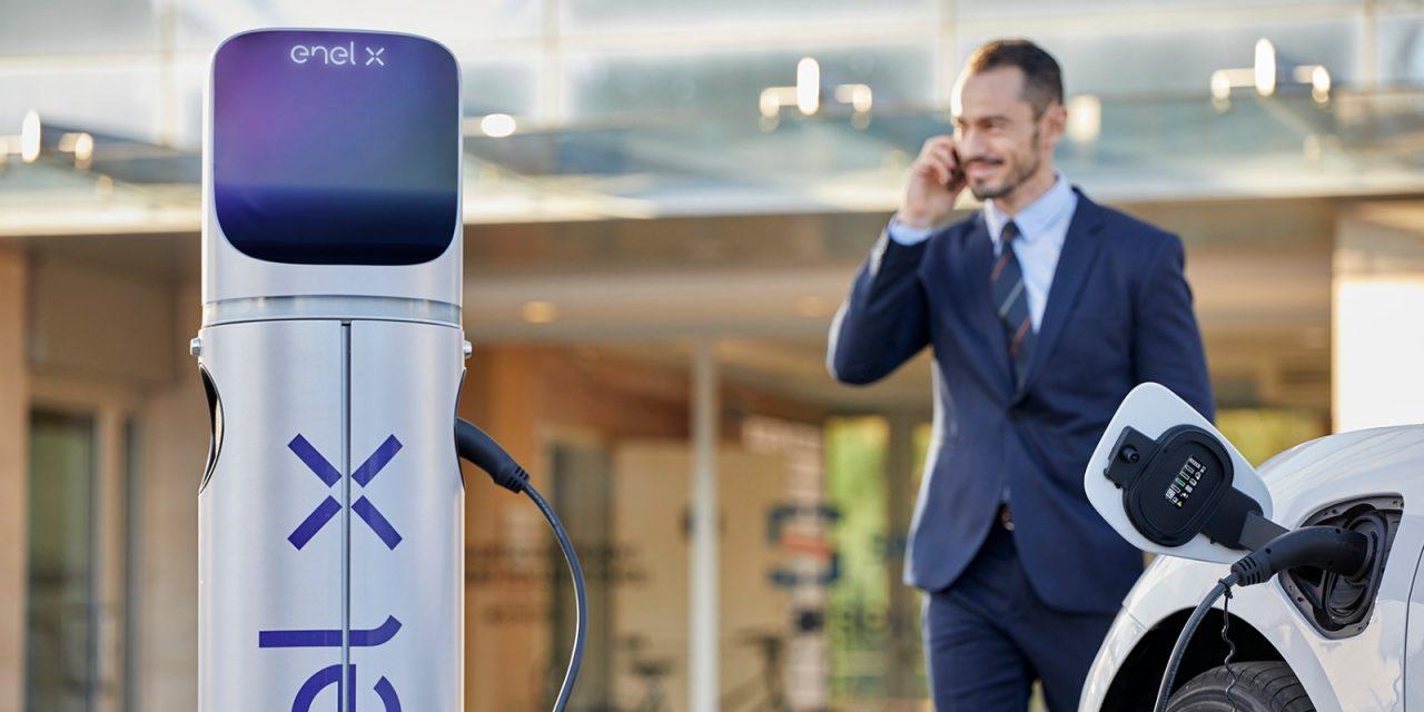 """""""Open Charge"""" per veicoli elettrici da EnelX e Enel Energia"""