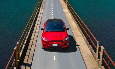 Ford, promozione del SUV Mustang Mach-E a Fordwich