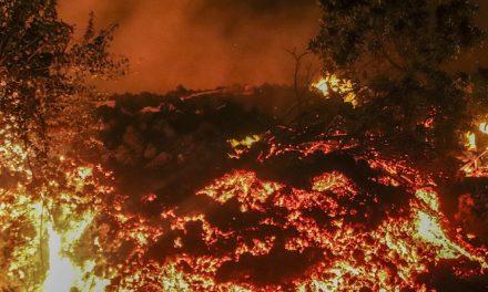 Esodo di massa dopo l'eruzione del vulcano in Congo