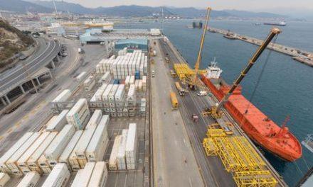 Al via a Genova Prà corridoio rapido alla Dogana per i camion container .