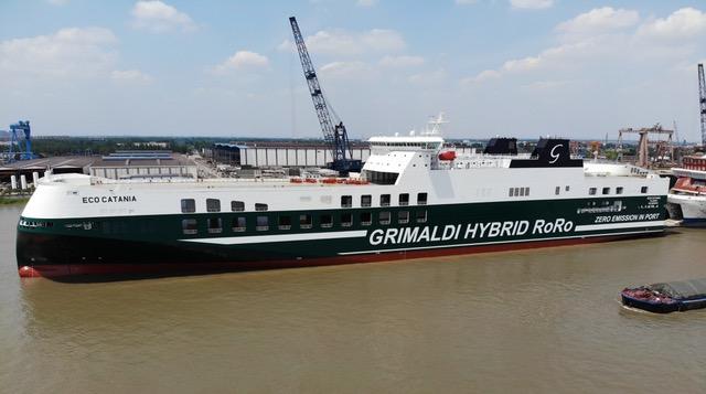 """Gruppo Grimaldi, navi ro-ro ibride: ricevuta """"Eco Catania"""" quinta delle dodici ordinate"""