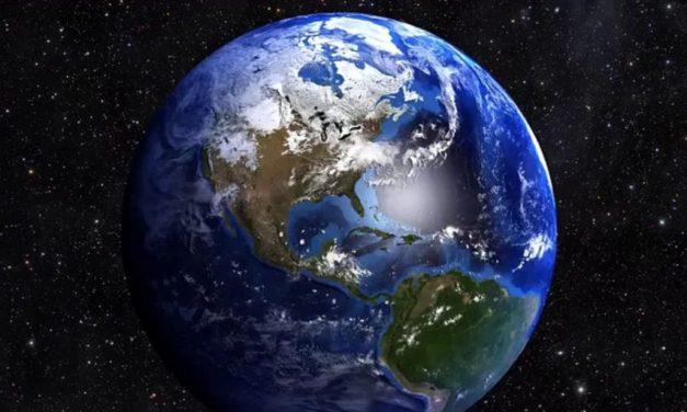 """La Terra perde 50.000 tonnellate di """"peso"""" ogni anno"""