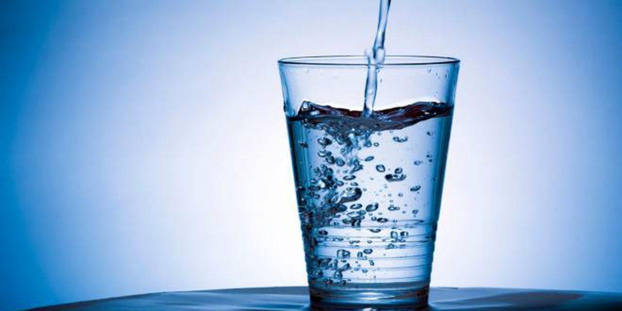 Acqua: spesa media a famiglia nel 2020