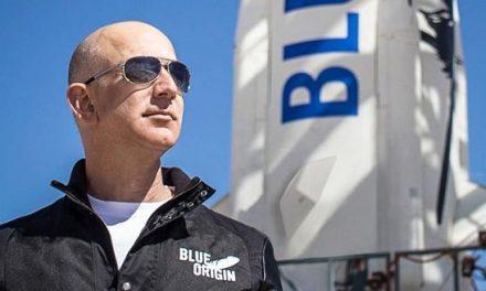 Jeff Bezos volerà nello spazio a bordo di un razzo della Blue Origin