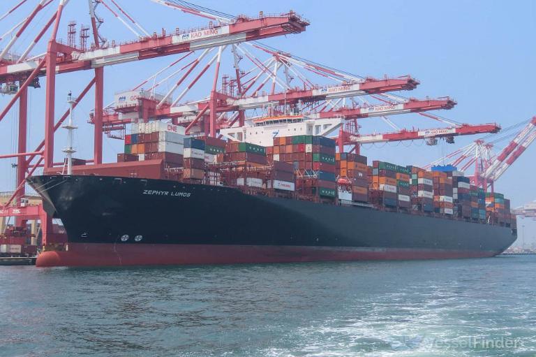Stretto di Malacca, collisione portacontainer e cargo