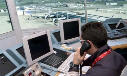 ENAV Controllo traffico aereo compie   40 anni