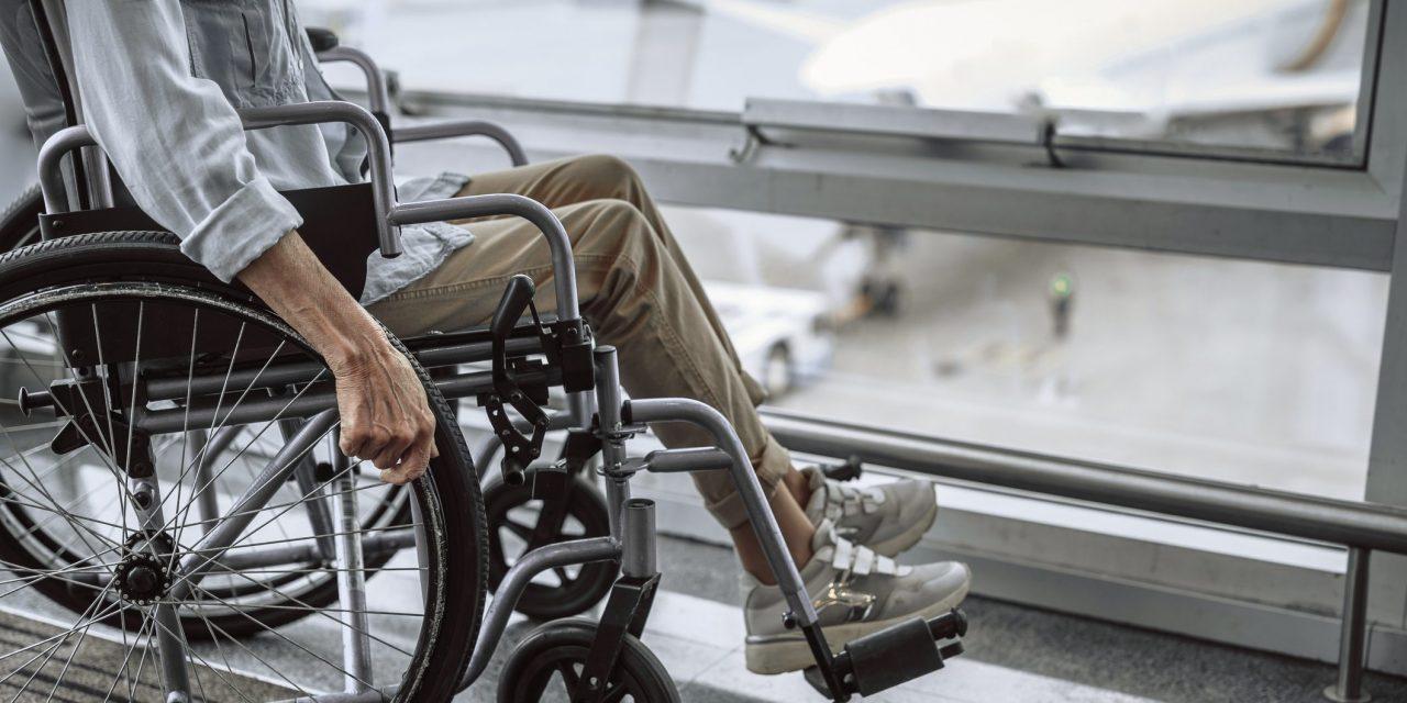 Assoutenti Enac: multe se costi aggiuntivi per accompagnatori disabili.