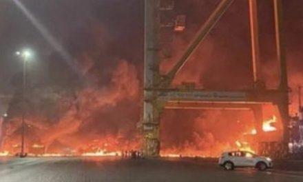 Emirati Arabi: spento incendio porto Dubai, nessuna vittima
